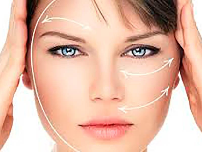 Esthélis Facial filler in Malaga Renova Clinic