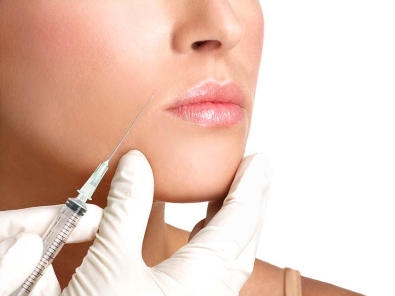Restylane Lip Refresh in Malaga Renova Clinic